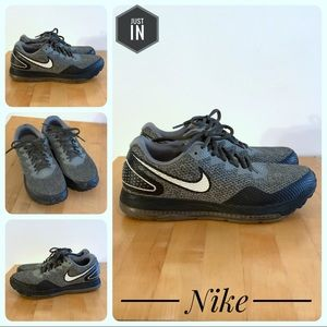 9492ca29bec7 Nike Shoes - Nike Zoom All Out Low 2 Men s Size 8
